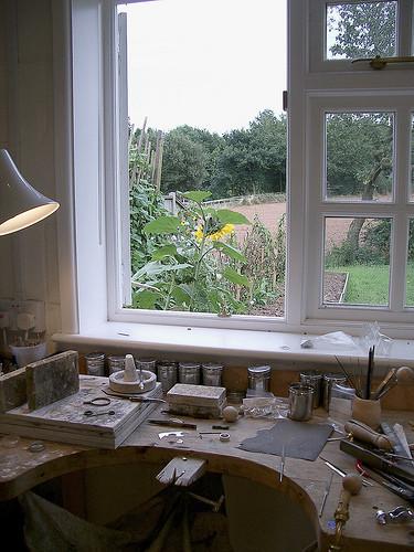 Taken from www.suelanejewellery.co.uk